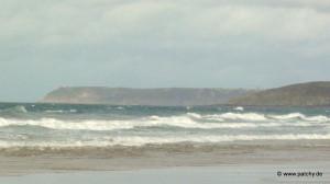 Strand bei Baubigny mit Blick auf Cap Rozel und Cap Flamanville
